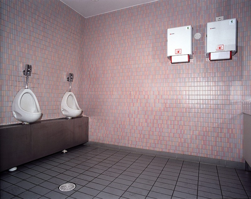 19.5 1999 Stockmann department store, 7th floor toilet, male, cause of death: Heroin overdose, 2002